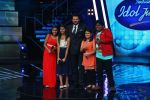 Anil Kapoor with Top 4 contestants  on Indian Idol Location on 31st Aug 2015