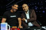 John Abraham and Vishal  on Indian Idol Location on 31st Aug 2015