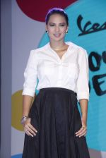 Rochelle Rao at Vespa press meet to welcome legendary soccer player Allesandro Del Pierro in Mumbai on 1st Sept 2015