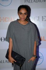 Shweta Salve at Fashion_s Night Out 2015 by Vogue in Palladium on 2nd Sept 2015 (37)_55e7fd1f6e9f1.JPG