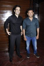 Tusshar Kapoor, Ken Ghosh at model Giselle_s bday bash in Mumbai on 2nd Sept 2015 (32)_55e7f9a86ea01.JPG