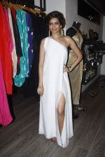 Karishma Tanna at mitali vohra event in Mumbai on 3rd Sept 2015 (38)_55e944fcc41f8.JPG