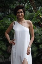 Karishma Tanna at mitali vohra event in Mumbai on 3rd Sept 2015 (47)_55e945034ca05.JPG