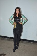 Sonakshi Sinha on the sets of Indian Idol in Filmcity, Mumbai on 4th Sept 2015
