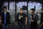 Amaal Mallik, Salman Khan, Armaan Malik at Hero music launch in Taj Lands End on 6th Sept 2015
