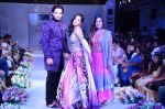 Amrita Rao walk the ramp at Jaipur Couture Show (2)_55ed3612c489d.JPG