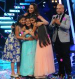 Ananya Sritam Nanda wins Indian Idol Junior Grand Finale on 6th Sept 2015 (23)_55ed50bc4b594.JPG