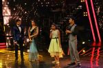 Kapil Sharma at Indian Idol Junior Grand Finale on 6th Sept 2015 (27)_55ed50ceaece9.JPG
