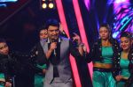 Kapil Sharma at Indian Idol Junior Grand Finale on 6th Sept 2015 (36)_55ed50d14091d.JPG