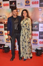 Ravi Dubey, Sargun mehta at Gr8 ITA Awards in Mumbai on 6th Sept 2015 (374)_55ed604a8da45.JPG