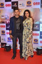 Ravi Dubey, Sargun mehta at Gr8 ITA Awards in Mumbai on 6th Sept 2015 (376)_55ed604bc8bfc.JPG