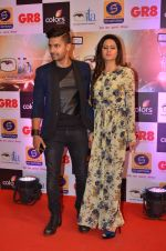 Ravi Dubey, Sargun mehta at Gr8 ITA Awards in Mumbai on 6th Sept 2015 (379)_55ed604d40b10.JPG