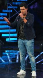 Varun Sharma at Indian Idol Junior Grand Finale on 6th Sept 2015