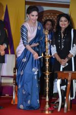 Madhuri Dixit at Unicef event in Taj lands End on 7th Sept 2015 (49)_55ee855667105.JPG