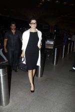 Kangana Ranaut leave sfor Queen premiere in Paris on 8th Sept 2015