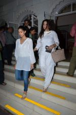 Poonam Dhillon at Aadesh Shrivastava prayer meet on 8th Sept 2015