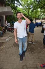 Neil Nitin Mukesh at PETA shoot on 9th Sept 2015