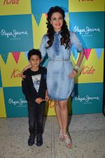 Aanchal Kumar at Pepe Jeans kids wear launch in Mumbai on 10th Sept 2015 (24)_55f28b8deebc9.JPG