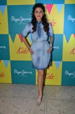 Aanchal Kumar at Pepe Jeans kids wear launch in Mumbai on 10th Sept 2015 (28)_55f28b90e748f.JPG