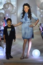 Aanchal Kumar at Pepe Jeans kids wear launch in Mumbai on 10th Sept 2015 (30)_55f28b918567b.JPG