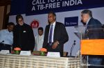 Amitabh Bachchan and Ratan Tata at TB free India press meet in Mumbai on 10th Sept 2015 (6)_55f28b59b1a44.JPG