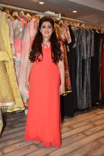 Archana Kocchar_s NY Fashion week collection launch in Juhu, Mumbai on 10th Sept 2015 (34)_55f28aa98b24b.JPG