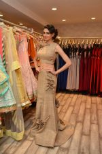 Simran Kaur at Archana Kocchar_s NY Fashion week collection launch in Juhu, Mumbai on 10th Sept 2015 (28)_55f28b1390b5c.JPG