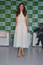 Deepika Padukone at Axis bank lime app launch in Taj on 12th Sept 2015 (18)_55f55075df934.JPG