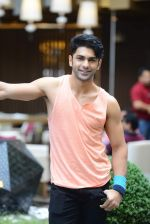 Taaha Shah at SIIMA 2015 on 13th Sept 2015 (83)_55f5734c7fab0.JPG