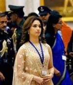 Tamannaah Bhatia gets felicitated by the President of India on 13th Sept 2015