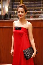 Surveen Chawla at Parched premiere at TIFF 2015 on 14th Sept 2015 (51)_55f7e1abd75e5.JPG