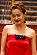 Surveen Chawla at Parched premiere at TIFF 2015 on 14th Sept 2015 (56)_55f7e1bc6ed32.JPG