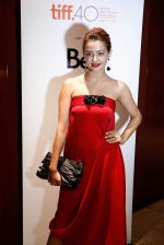 Surveen Chawla at Parched premiere at TIFF 2015 on 14th Sept 2015 (73)_55f7e1b519a54.JPG
