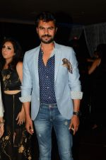 Gaurav Chopra at Munisha Khatwani_s bday bash in La Rouche on 15th Sept 2015 (140)_55f924a777116.JPG