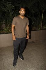 Leander paes snapped at Mumbai airport on 15th Sept 2015 (12)_55f91fb135ed6.JPG
