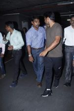 Leander paes snapped at Mumbai airport on 15th Sept 2015 (15)_55f91fb1c9aa5.JPG