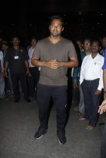 Leander paes snapped at Mumbai airport on 15th Sept 2015 (3)_55f91faaae9e3.JPG