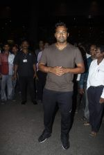 Leander paes snapped at Mumbai airport on 15th Sept 2015 (7)_55f91fadd60e5.JPG