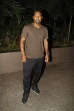 Leander paes snapped at Mumbai airport on 15th Sept 2015 (10)_55f91fafa6229.JPG