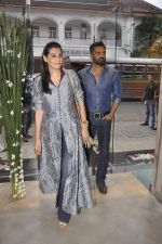Sunil Shetty, Mana Shetty at Kashish store launch in Huges Road on 15th Sept 2015 (69)_55f922808606a.JPG