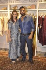 Sunil Shetty, Mana Shetty at Kashish store launch in Huges Road on 15th Sept 2015 (72)_55f922b0c8d14.JPG