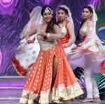 Debina Banerjee celebrate Ganesh Chaturthi with a special episodes � Deva Shree Ganesha on 19th Sept 2015 (33)_55fe4f54a6433.JPG