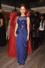 Tamannaah Bhatia at Amit Agarwal present its first Indian Wear Couture at Atosa on 19th Sept 2015 (24)_55fe513c64f5f.JPG