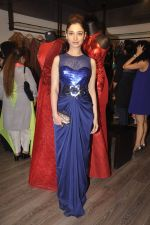 Tamannaah Bhatia at Amit Agarwal present its first Indian Wear Couture at Atosa on 19th Sept 2015 (31)_55fe514173656.JPG