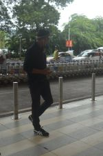 Akshay Kumar snapped at airport on 20th Sept 2015
