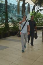 Farhan Akhtar snapped at airport on 20th Sept 2015