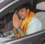 Jimmy Shergill snapped at Siddhivinayak temple on 20th Sept 2015,1