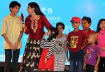 Ragini Khanna performed song with Kids at the _Care for Cancer Patients - Annual Day Event_  organised by NGO Vishwas.1