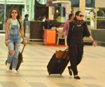 Amrita Arora, Karisma Kapoor snapped at Airport on 21st Sept 2015