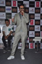 Ayushmann Khurrana at Suron Ke Rang Colors Ke Sang in Mumbai on 21st Sept 2015 (33)_5601213ccbd2a.JPG